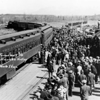 Anchorage greets Matanuska Valley colonists, 1935