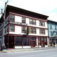 Alaskan Hotel & Bar, 1982